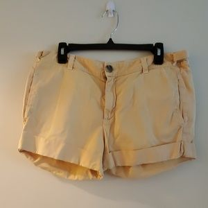 Yellow Vince Shorts Size 29